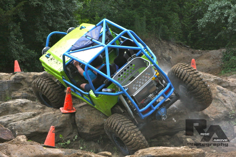 W.E. Rock Professional Rock Crawling Eastern Series Rocked the UMC Event at Badlands Offroad Park